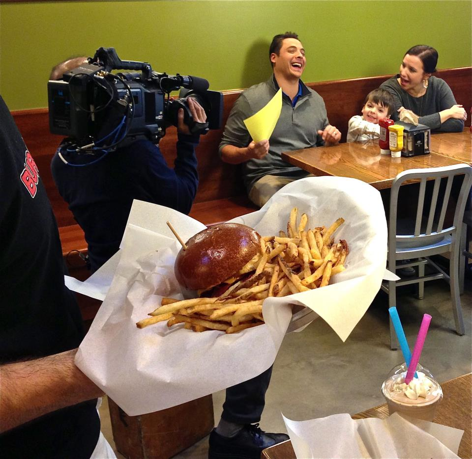 jeff mauro and family at burger boss